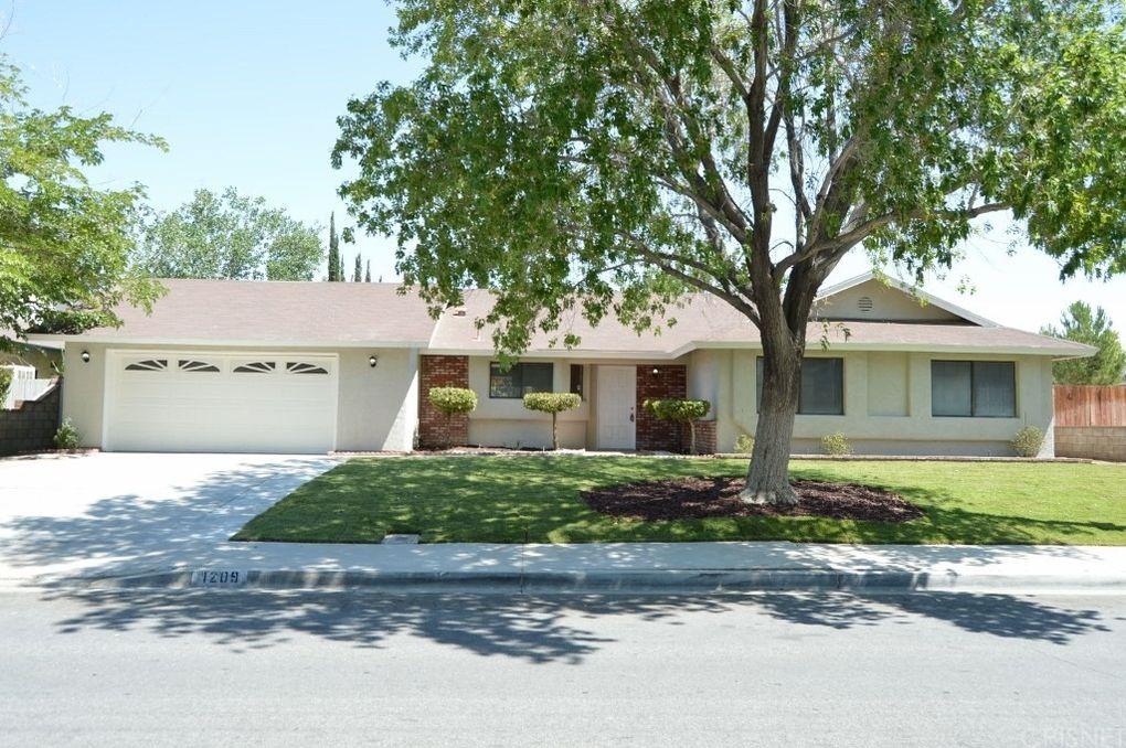 1209 W Avenue H1 Lancaster, CA 93534