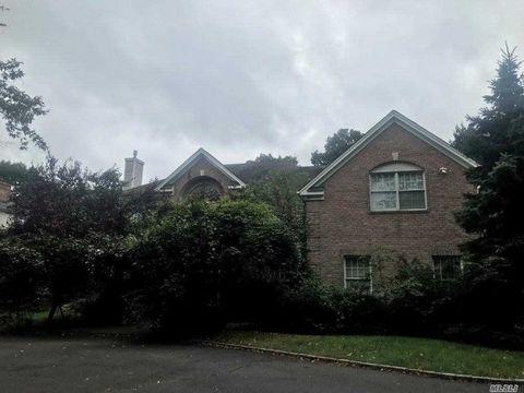 318 Syosset Woodbury Rd, Syosset, NY 11791