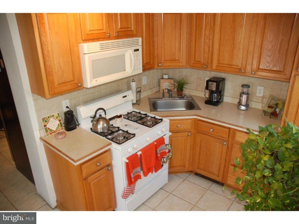 Franklin St Trenton NJ Realtorcom - Kitchen cabinets trenton nj