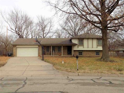 1368 N Peterson Ave, Wichita, KS 67212