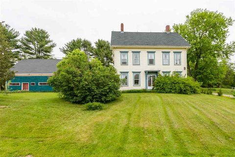 Photo of 21 Litchfield Rd, Kittery, ME 03904