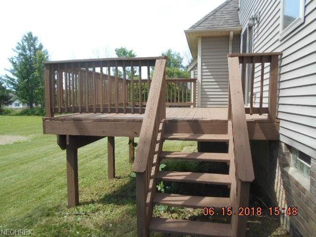 7350 richmond rd oakwood village oh 44146. Black Bedroom Furniture Sets. Home Design Ideas