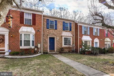 Photo of 19 North Stead Ct, Catonsville, MD 21228