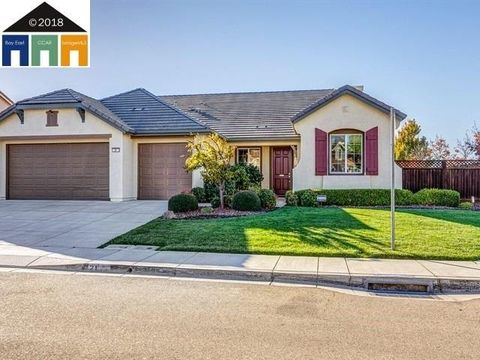 Photo of 21 Verbena Ct, Oakley, CA 94561