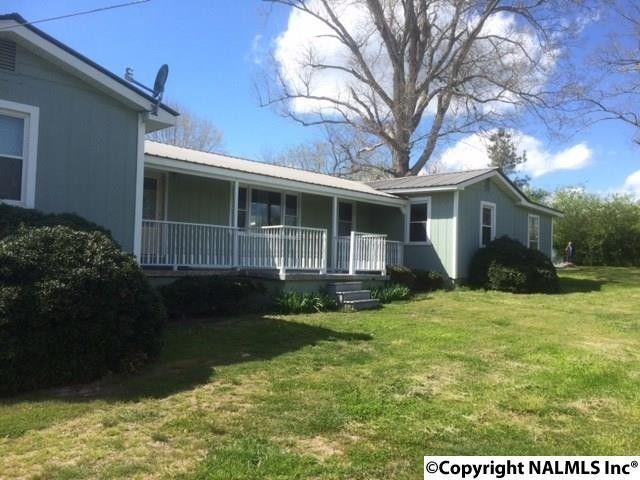 552 Dixon Rd, Albertville, AL 35950