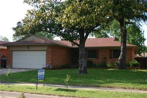 9225 Pondview Dr, Dallas, TX 75217