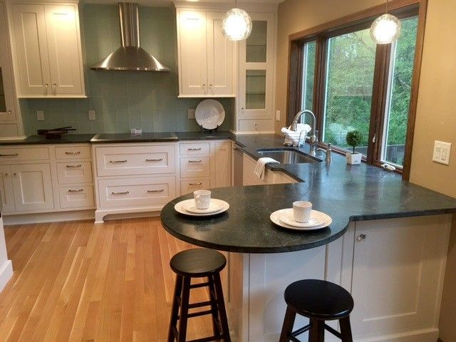 860 Maplewood Dr Coralville Ia 52241 Kitchen
