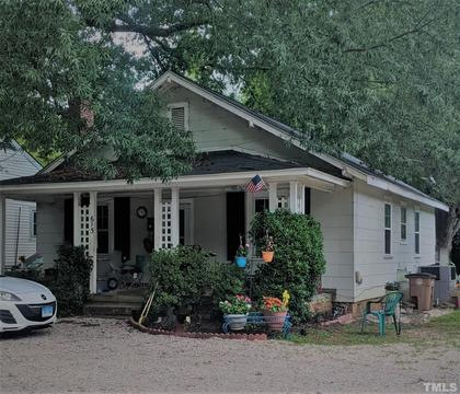 615 S Main St, Wake Forest, NC 27587