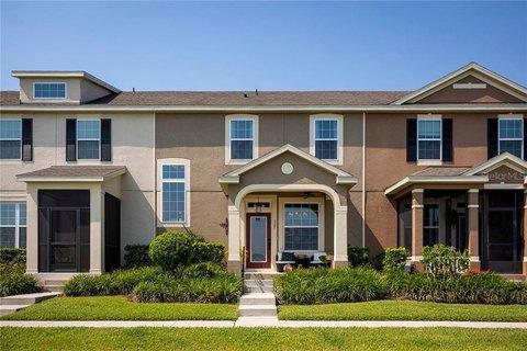527 Blue Cypress Dr, Groveland, FL 34736