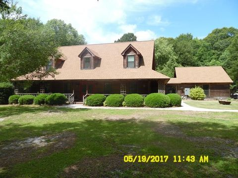 Photo of 445 Westwood Heights Cir, Douglas, GA 31535