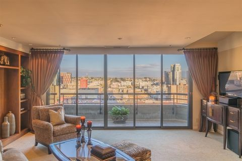 Photo of 700 Front St Unit 1308, San Diego, CA 92101