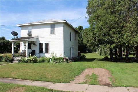 Photo of 7685 Forest Ave, Lowville, NY 13367