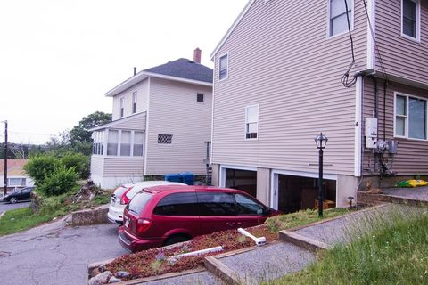 4 Hobson St Unit A, Lawrence, MA 01841