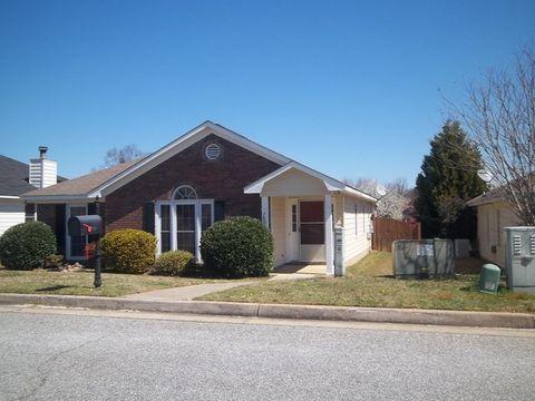 Photo of 7036 Stoneridge Cir, Columbus, GA 31909