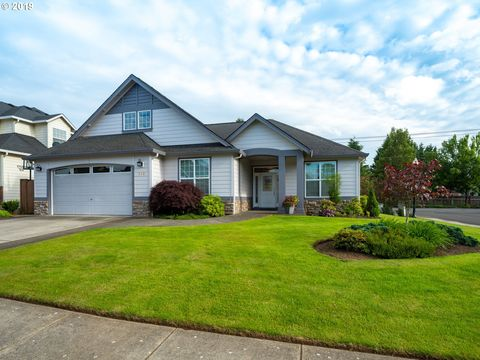 Photo of 815 Nw 150th St, Vancouver, WA 98685