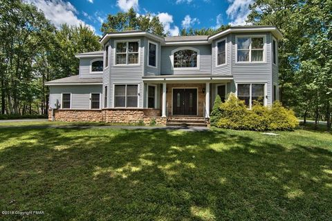 204 Withywindle Way, Tamiment, PA 18371