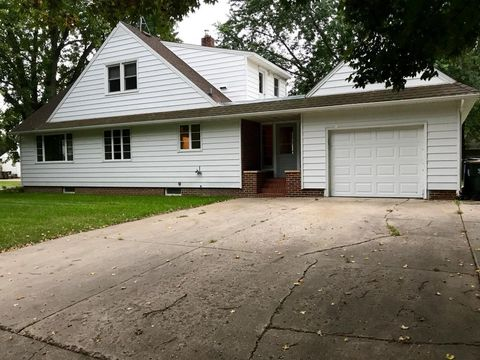 Photo of 217 Queen Ave, Silver Lake, MN 55381
