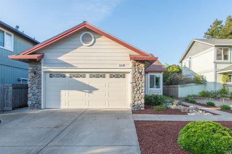 826 Stillson Dr, Petaluma, CA 94954