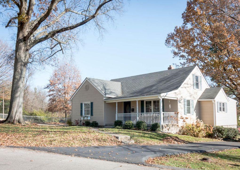 713 Ashland Ave, Shelbyville, KY 40065