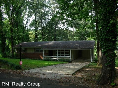 Photo of 624 Redbud Dr, Birmingham, AL 35206