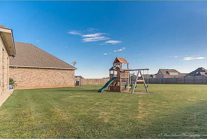 412 Kingston Plantation Blvd, Benton, LA 71006 - realtor.com®