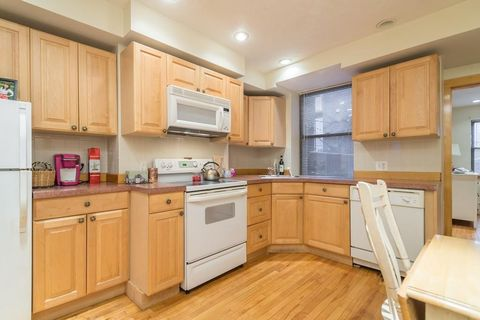 Photo of 199 Salem St Apt 1, Boston, MA 02113
