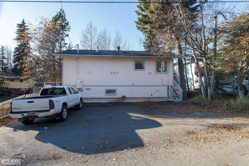 3304 Doris St, Anchorage, AK 99517