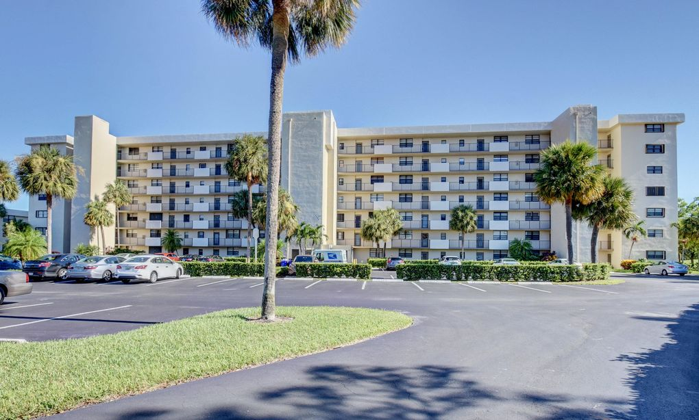 2430 Deer Creek Country Club Blvd Unit 305 2 Deerfield Beach Fl 33442