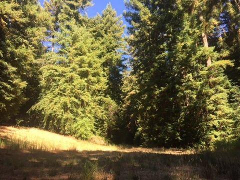 Memory Ln, Boulder Creek, CA 95006
