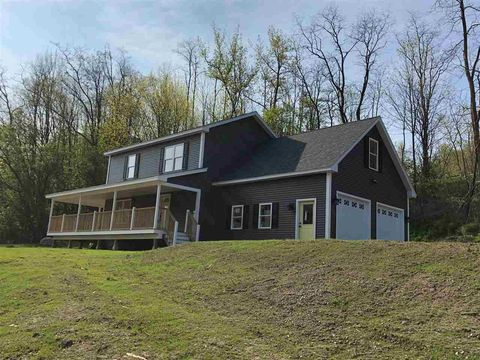 5490 Theodore Roosevelt Hwy, Bolton, VT 05676