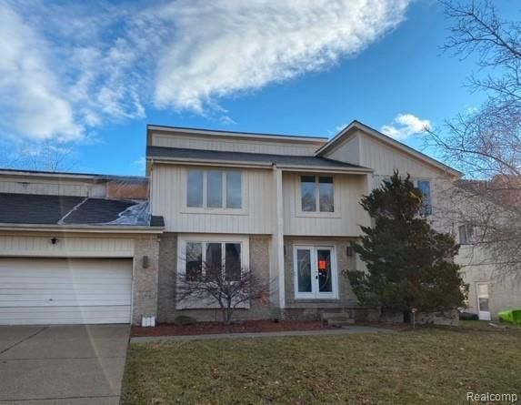 7043 Timberview Trl West Bloomfield Township, MI 48322