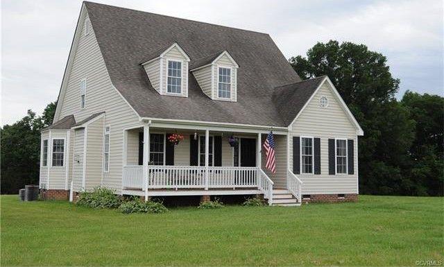 17799 Rolling Meadows Dr, Amelia Court House, VA 23002