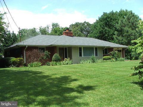 6714 Greenleaf St, Springfield, VA 22150