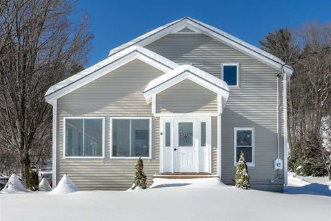 Photo of 90 Gifford Rd, White River Junction, VT 05001