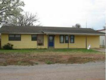 123 E Sycamore St, Hollis, OK 73550