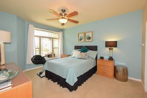 8631 S Deerwood Ln, Franklin, WI 53132 - Bedroom