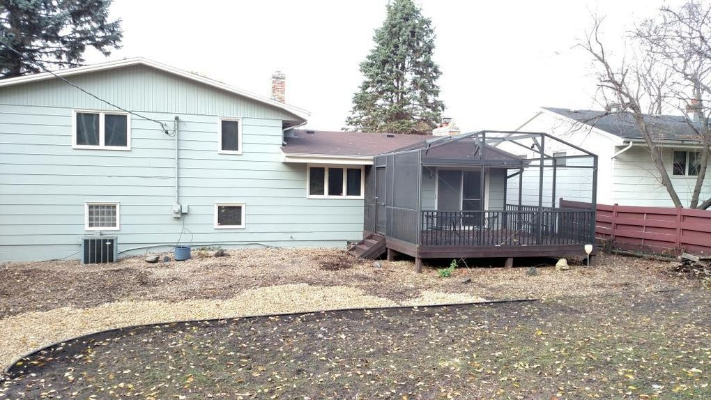 Terrific 2200 Mitchell Ave Saint Paul Mn 55119 Home Interior And Landscaping Ologienasavecom