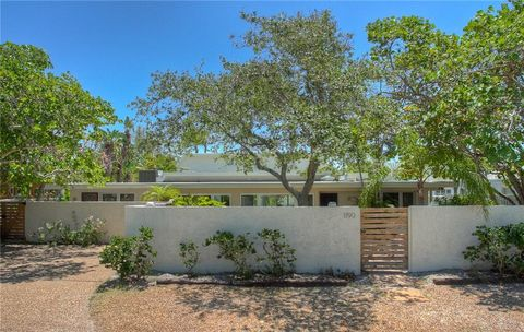 Photo of 1190 Westway Dr, Sarasota, FL 34236
