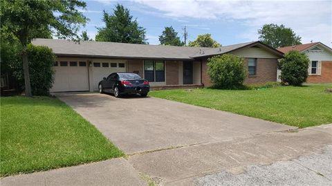 Photo of 1711 Addington St, Irving, TX 75062