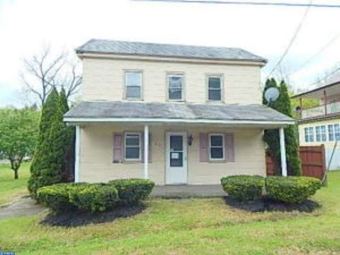 240 State Rd, Branchdale, PA 17923