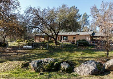 4250 Old Hwy, Mariposa, CA 95338