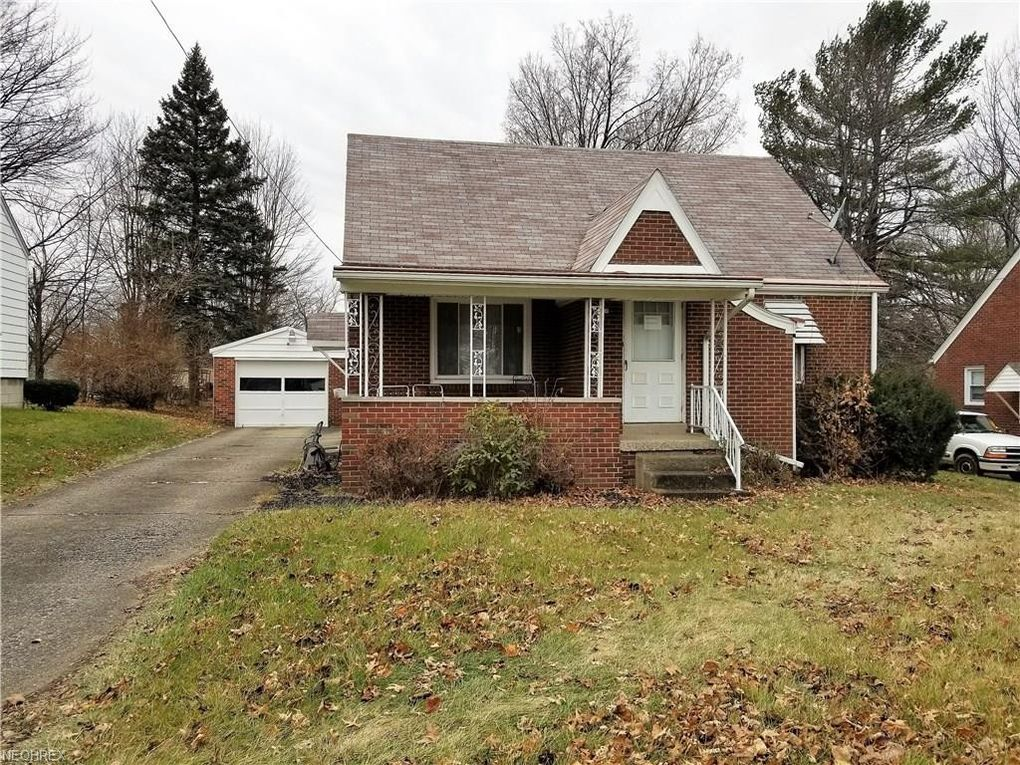 450 W Heights Ave, Youngstown, OH 44509