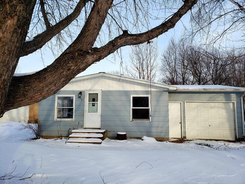 Photo of 214 35th Ave W, Spencer, IA 51301