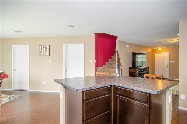 11417 maddie ave fort worth tx 76244 for Kitchen cabinets 76244