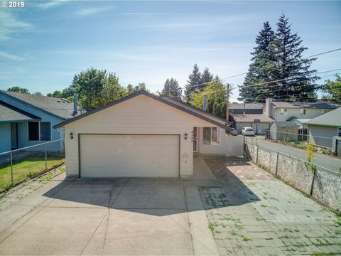 Photo of 3103 Se 87th Ave, Portland, OR 97266