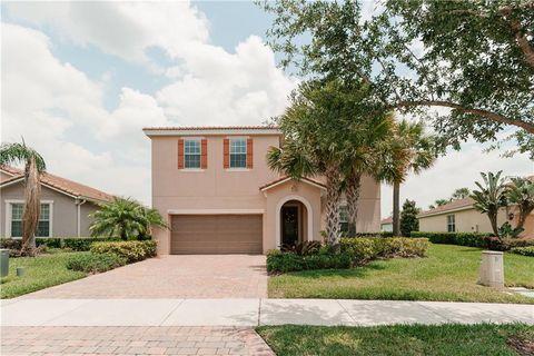 Photo of 11873 Padua Ln, Orlando, FL 32827. House for Sale