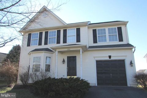 lake linganore md waterfront homes for sale realtor com rh realtor com