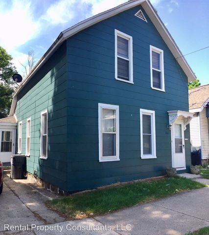 Photo of 722 Logan St Se, Grand Rapids, MI 49503