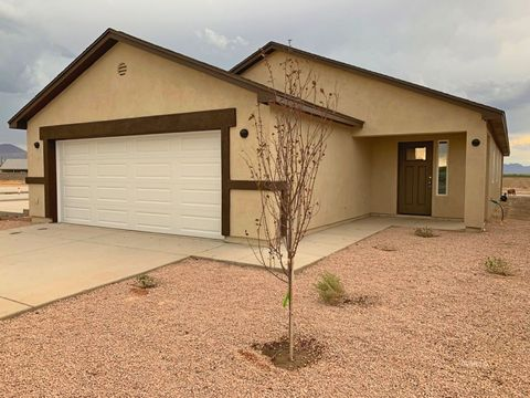 Photo of 1173 S Gila Dr, Safford, AZ 85546