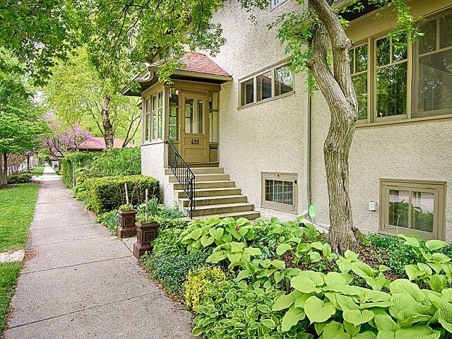 635 Home Ave Oak Park IL 60304